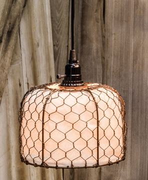 Picture of Chicken Wire and Canvas Lamp