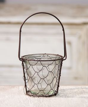 Picture of Chicken Wire Basket with Glass Insert