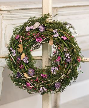 Picture of Dried Twig and Flower Wreath