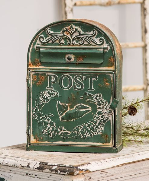 Rounded Birdhouse Post Box