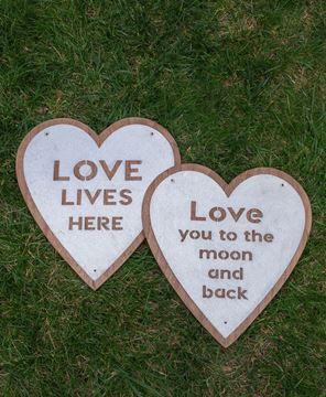 Love Lives Here Metal Heart Sign, 2/asst