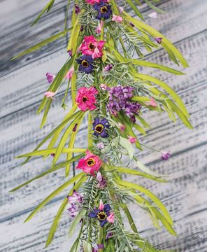 Lily Grass Garland