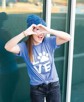 Picture of Paw Print Love Tee - XXL