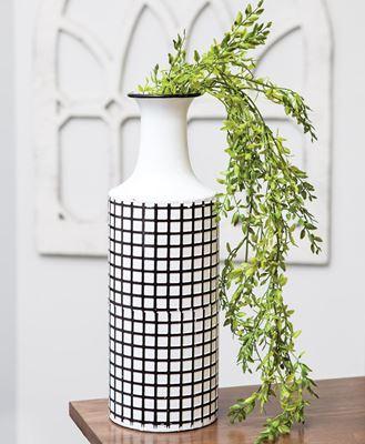 Picture of Farmhouse Check Enamel Vase, Large