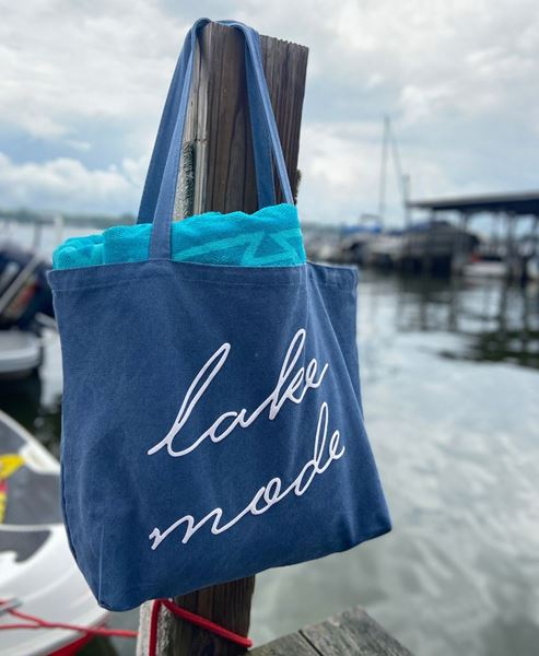 Picture of Lake Mode Tote