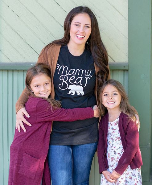 Picture of Mama Bear T-Shirt, Heather Black