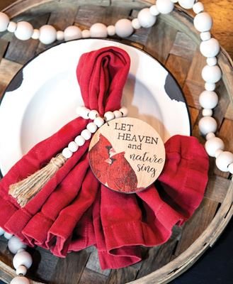 Picture of Heaven & Nature Cardinal Beaded Tag Ring