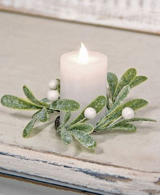 Picture of Glittered Mistletoe Candle Ring