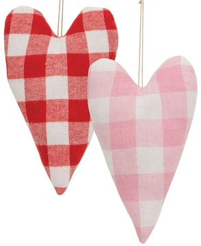 Picture of Buffalo Check Heart Pillow, 2/Set